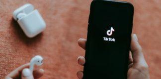 Does TikTok spy its users